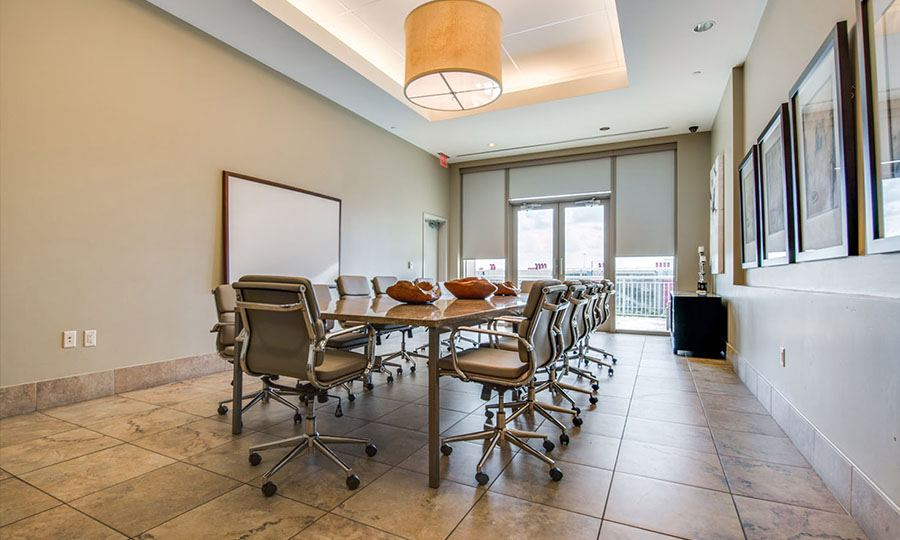 Executive Business Center | One Park Place Houston Luxury Apartments